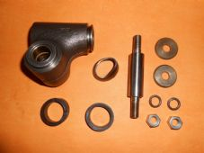 MORRIS MARINA (1971-84) LOWER RH TRUNNION KIT